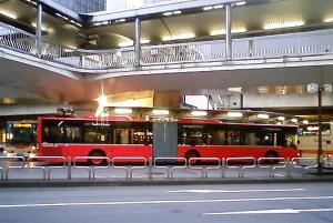 連節バスのツインライナー写真